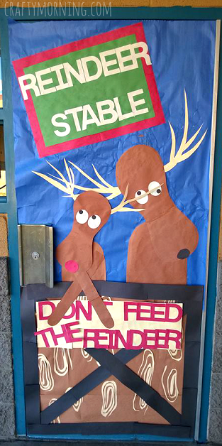 dont-feed-the-reindeer-classroom-bulletin-board