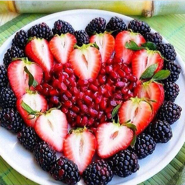 Healthy Fruit Heart for a Valentine's Day Treat