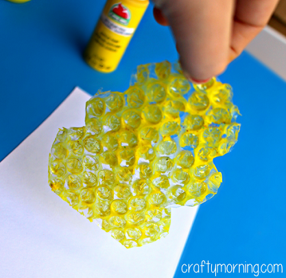 bumble-bee-fingerprint-craft-for-kids