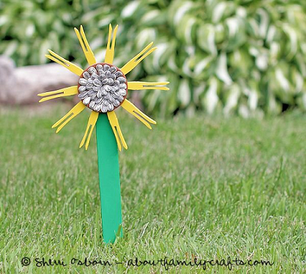 clothespin-sunflower-craft-for-kids