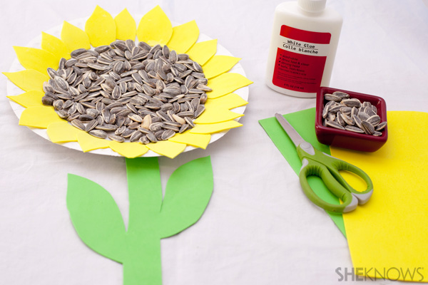 paper-plate-sunflower-craft-for-kids