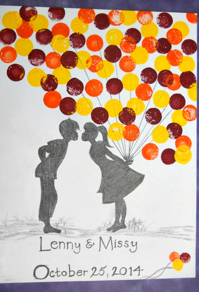 kissing-balloon-wedding-guestbook-fingerprint-idea
