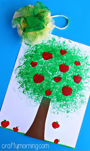 pouf-apple-tree-craft-for-kids