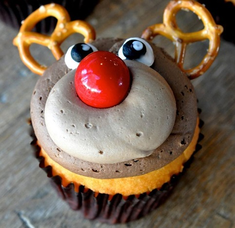 reindeer-cupcake-idea-for-a-christmas-dessert