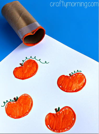 toilet-paper-roll-pumpkin-halloween-craft-