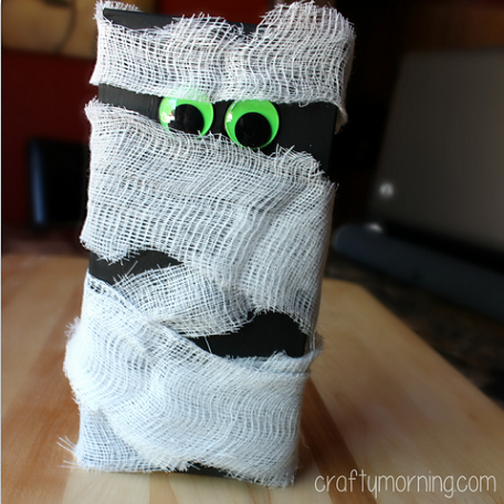 cheese-cloth-mummy-craft-for-kids-
