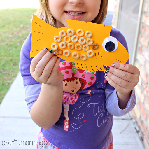 cheerios-fish-craft-for-kids
