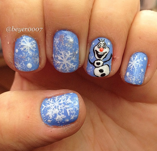 frozen-olaf-christmas-nails