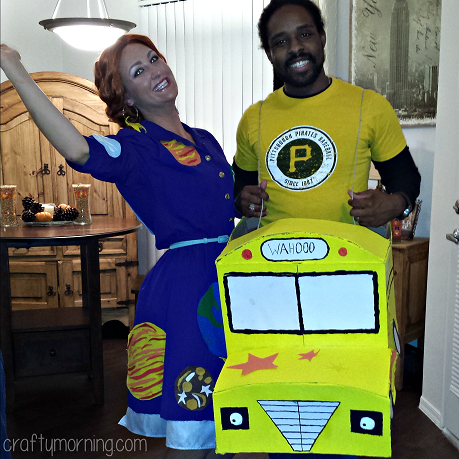 magic-school-bus-couples-halloween-costume