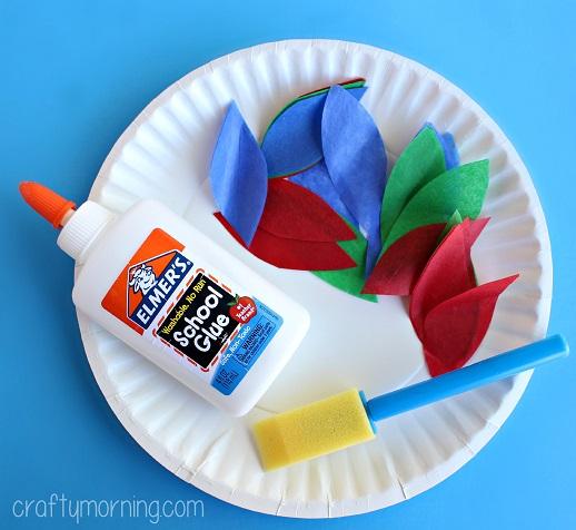 tissue-paper-turkey-craft-for-kids
