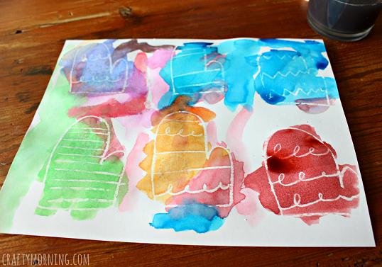 crayon-resist-mitten-garland