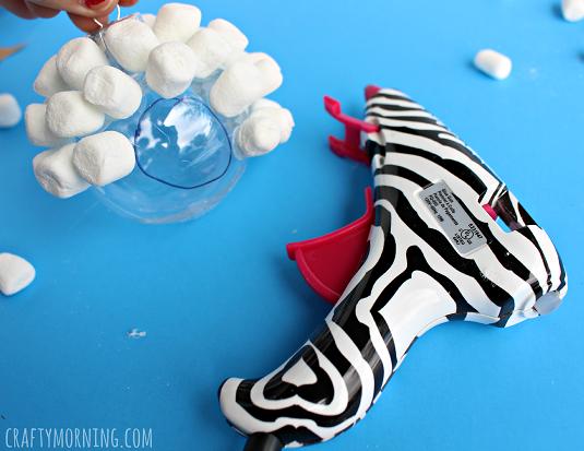 marshmallow-sheep-ornament-craft