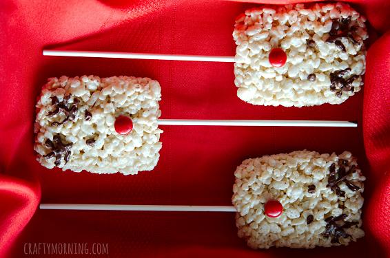 rice-krispie-reindeer-treats