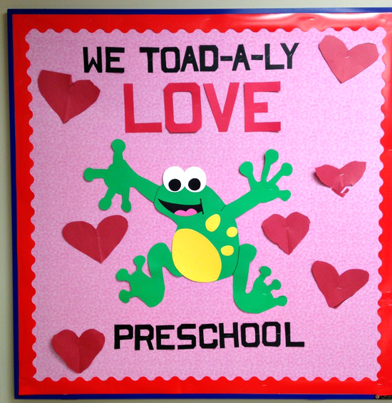 Valentines-Day-Toad-Bulletin-Board-Idea