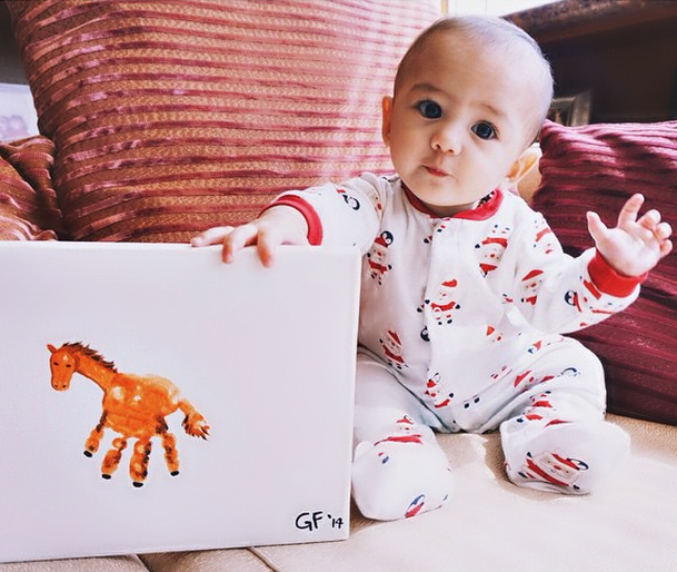 handprint-horse-craft-for-kids-and-babies