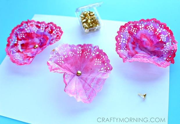 flower-doily-spring-craft-for-kids