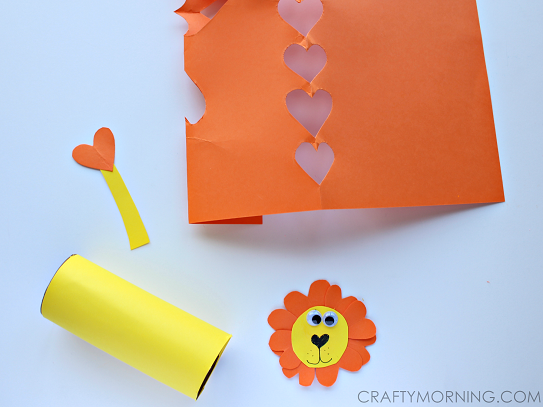 heart-shape-lion-toilet-paper-roll-valentine-craft