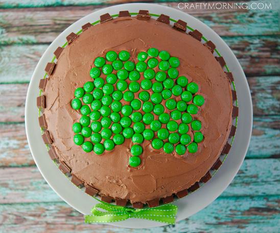 kit-kat-shamrock-st-patricks-day-cake-dessert