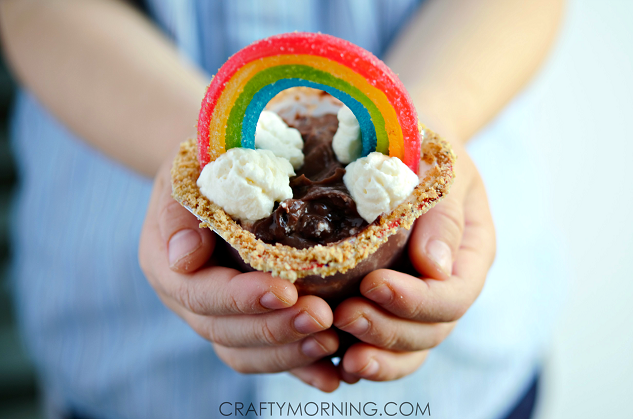 CUTE-rainbow-pudding-st-patricks-day-kids-snacks