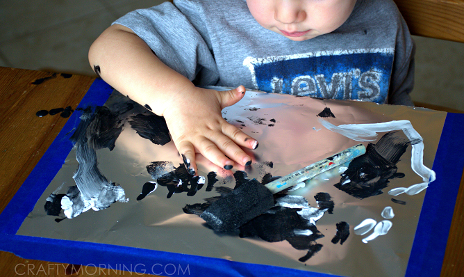 painting-on-tin-foil-kids-craft