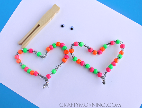 pipe-cleaner-bead-butterfly-spring-kids-craft