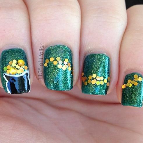 pot-of-gold-st-patricks-day-nail-designs