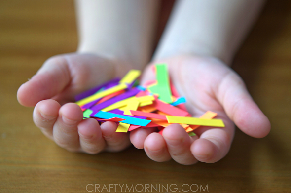 rainbow-paper-chain-st-patricks-day-necklace