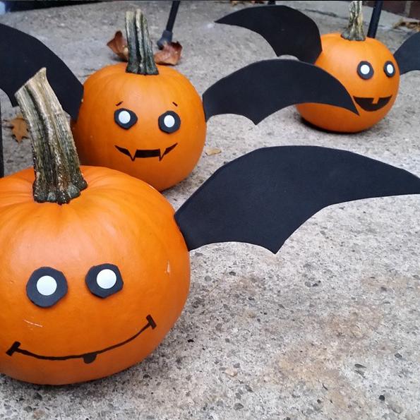 no-carve-pumpkin-bats