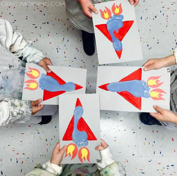 footprint-rocket-ship-craft-for-kids