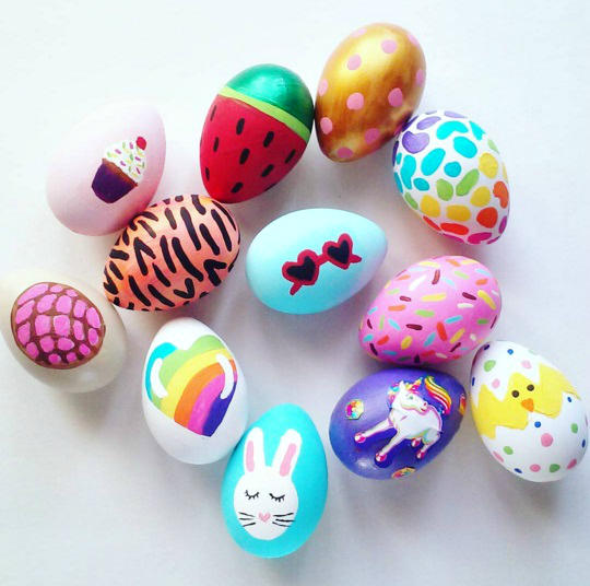 acrylic-painted-easter-egg-kids-craft