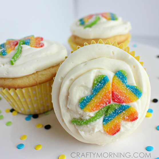 rainbow-candy-shamrock-st-patrick-day-cupcakes