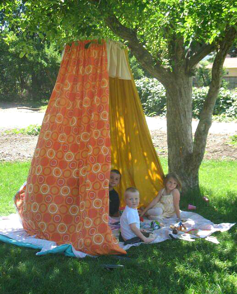 sheet-fort-hula-hoop-summer
