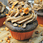 Butterfinger Cupcakes
