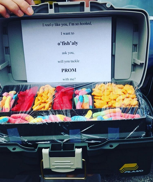 candy-tackle-box-prom-idea