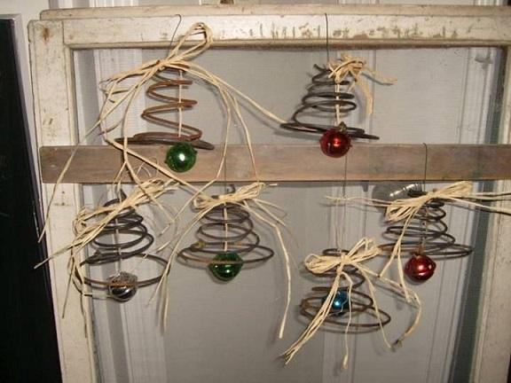 bed-spring-christmas-bells-craft