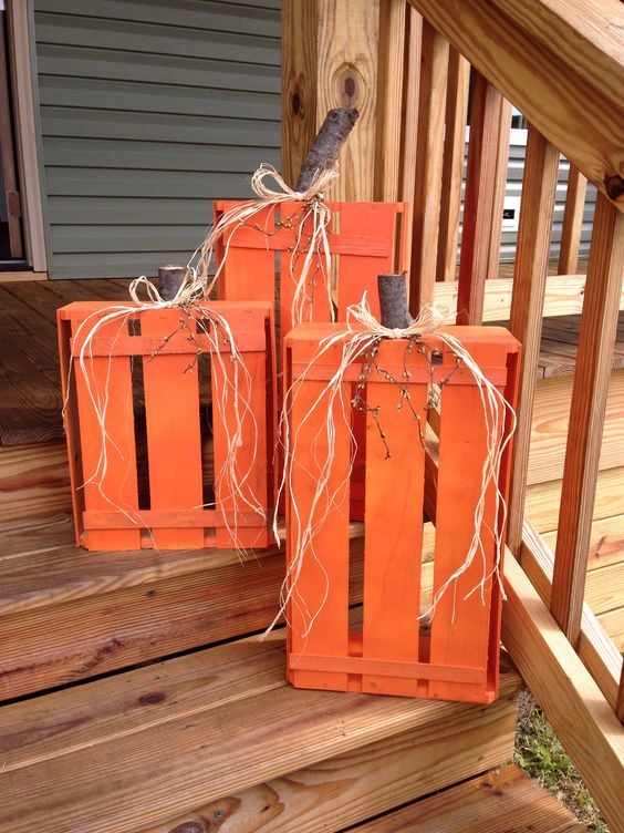 crate-pumpkins-fall-halloween-decoration