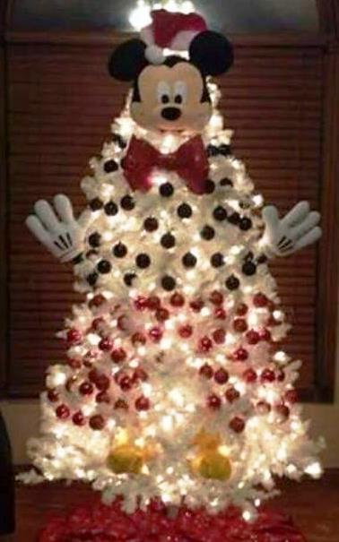 mickey-mouse-christmas-tree