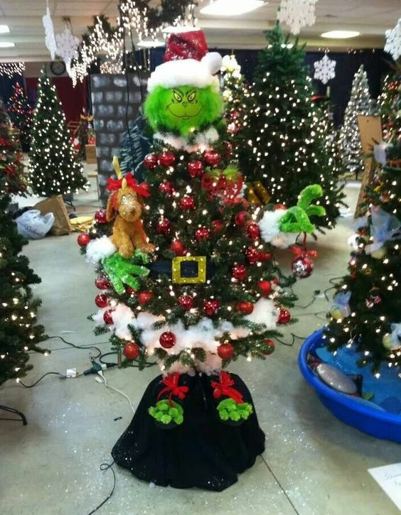 the-grinch-christmas-tree