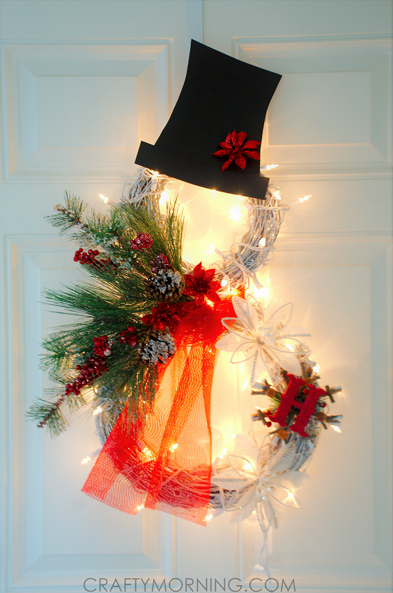 lighted-snowman-grapevine-wreath