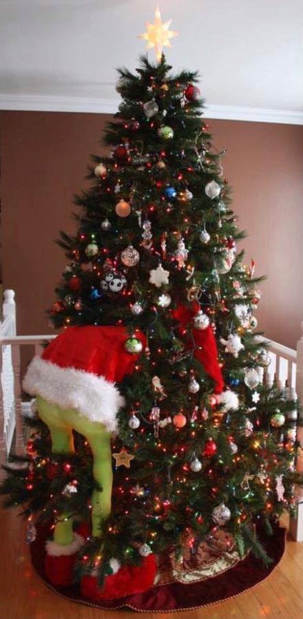 grinch-christmas-tree