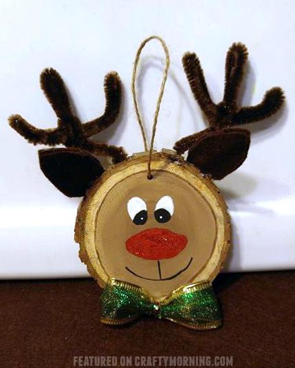wood-slice-reindeer-ornament-craft