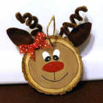 Wood Slice Reindeer Ornaments