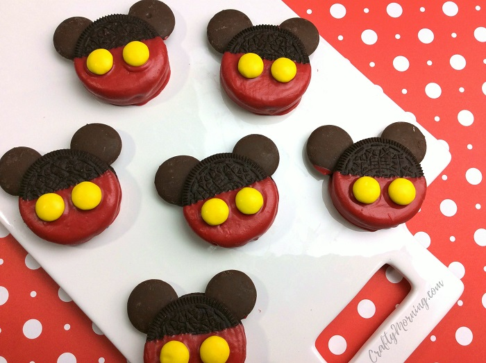 mickey-mouse-oreos-treats-kids