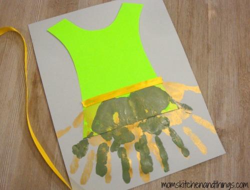 TinkerBell Fairy Dress Handprint Craft