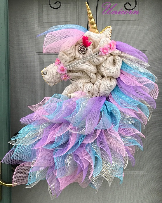 Unicorn wreath form Please read FULL description for details and look at the photos Unicorn Wreath Hand painted Unicorn Easy Wreath