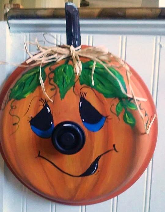Pot Lid Pumpkin Craft