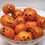 Decorate Clementines like Jack-O-Lanterns