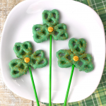 Shamrock Pretzel Pops for St. Patrick's Day