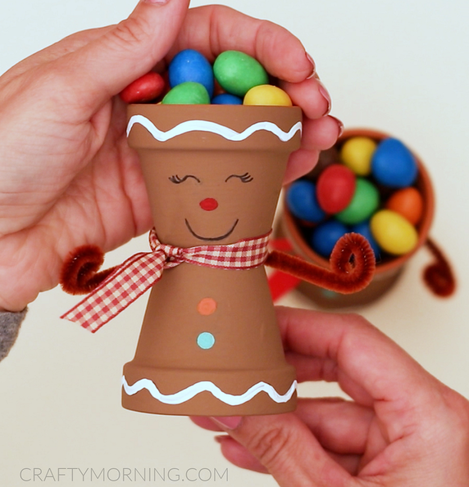 Gingerbread Man Candy Pots